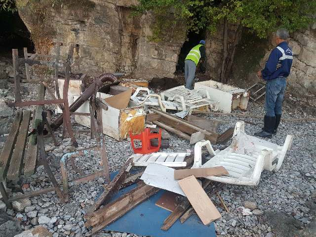 Расчистена депонијата на плажата Лабино